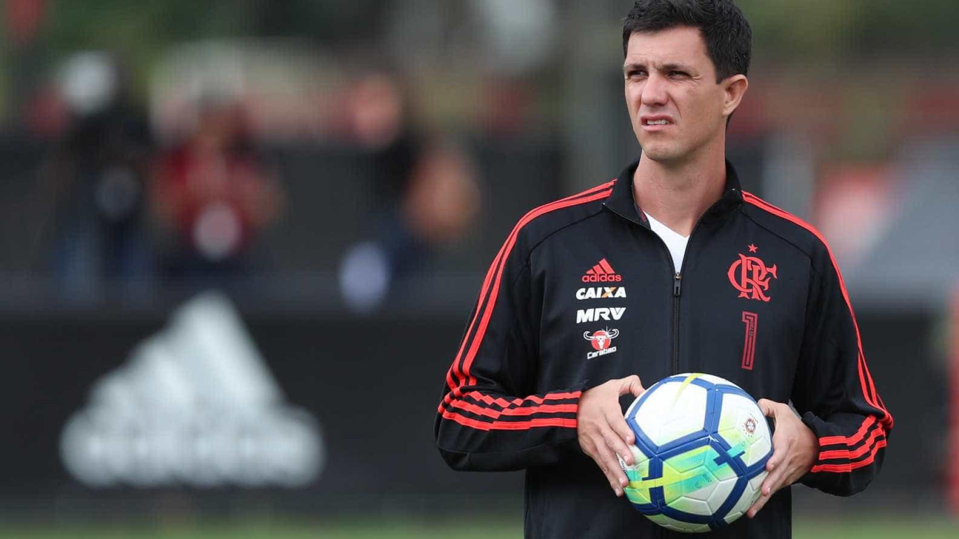 Tentando se reencontrar, Flamengo encara o Atlético-MG no Maracanã