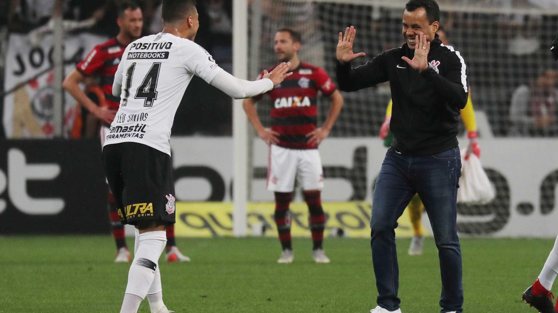 Em Salvador, Corinthians tenta evitar retrospecto da queda de 2007