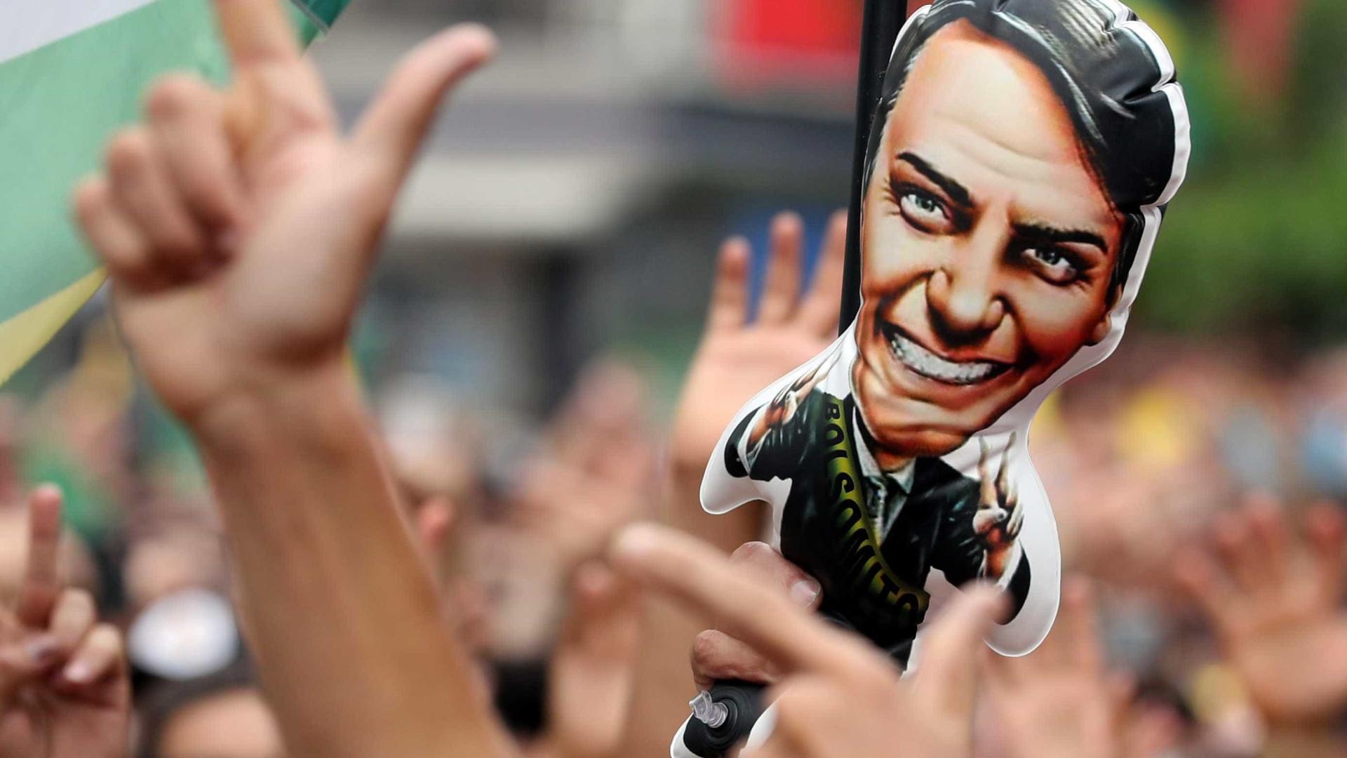 Ibope: Bolsonaro sobe para 41% dos votos válidos; Haddad cai para 25%