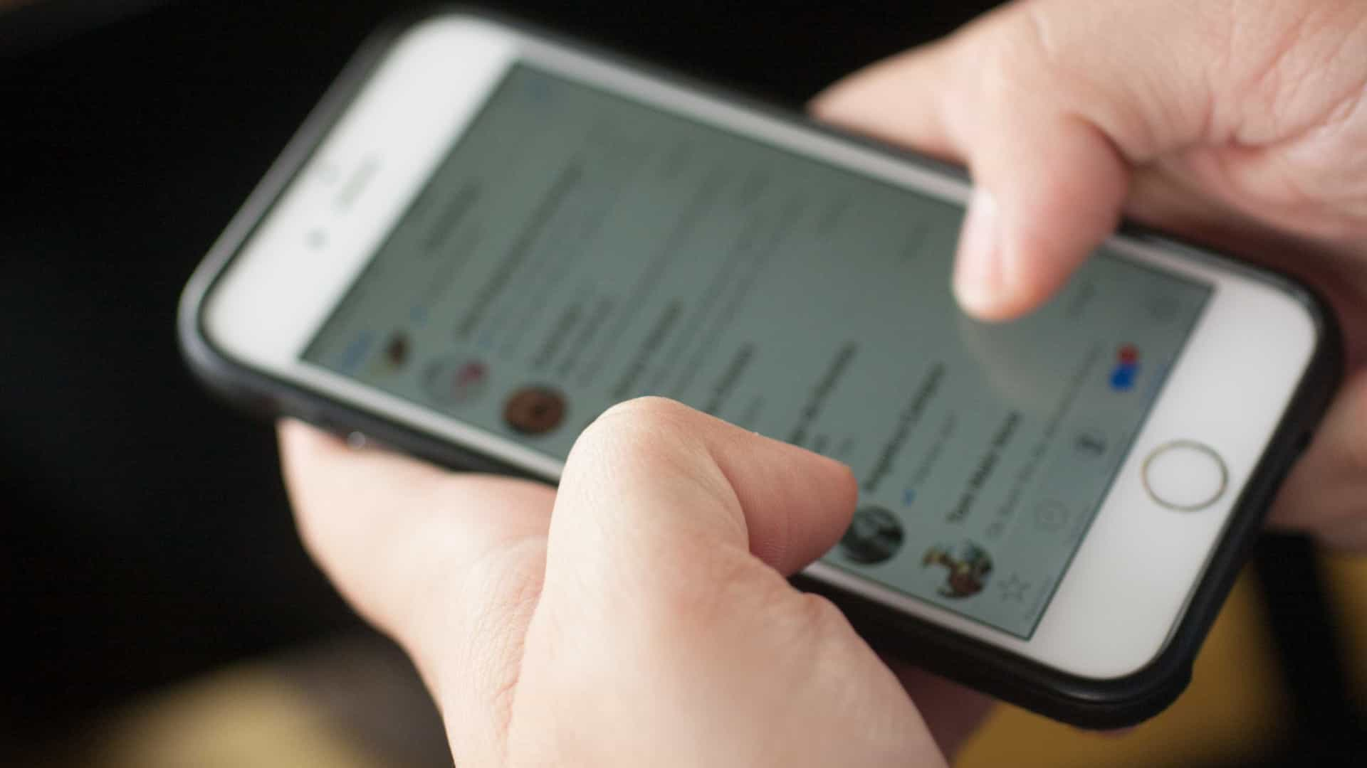 Médicos aprovam WhatsApp para falar com paciente