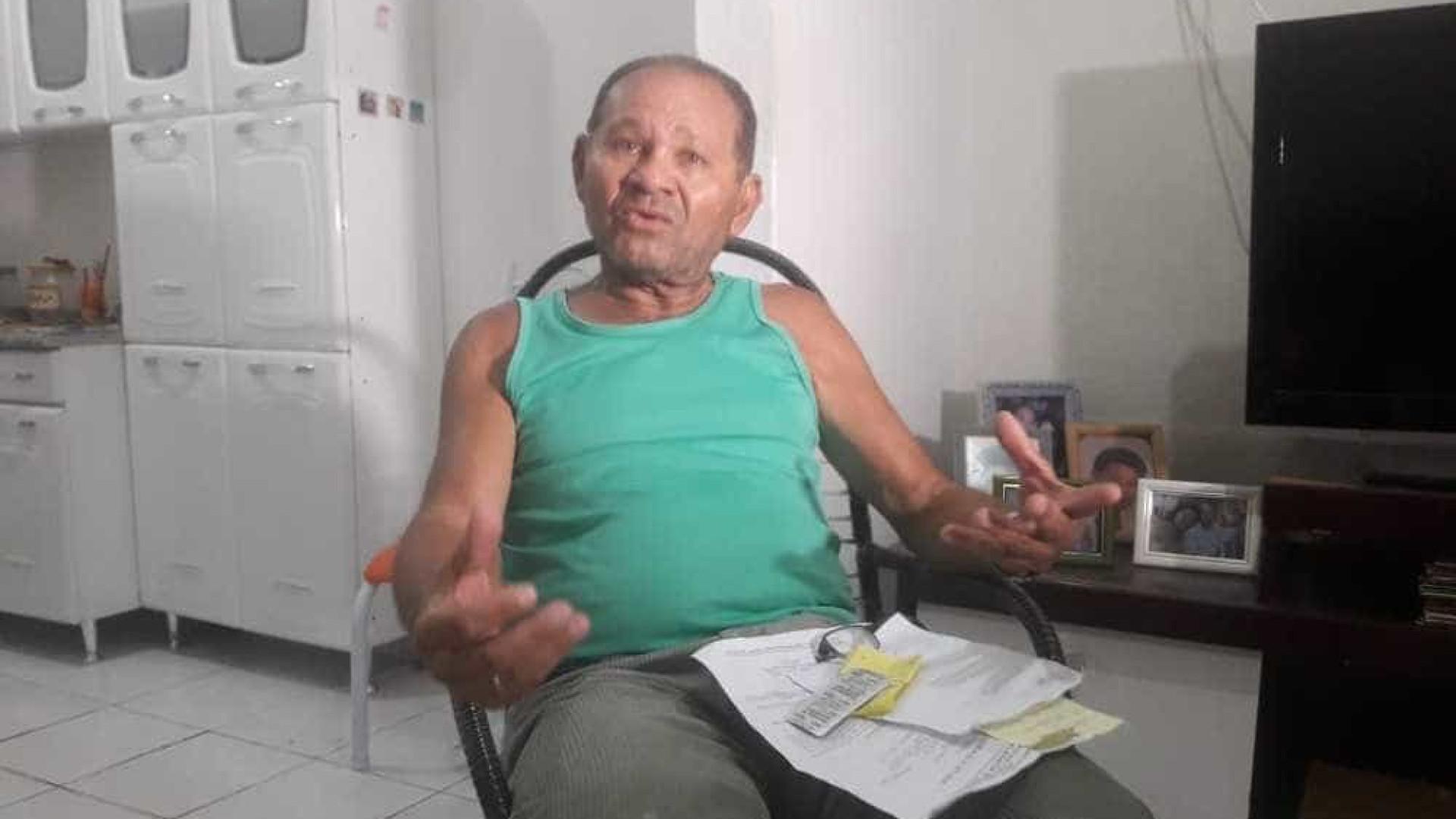 Médica rasga receita após paciente idoso dizer que votou em Haddad