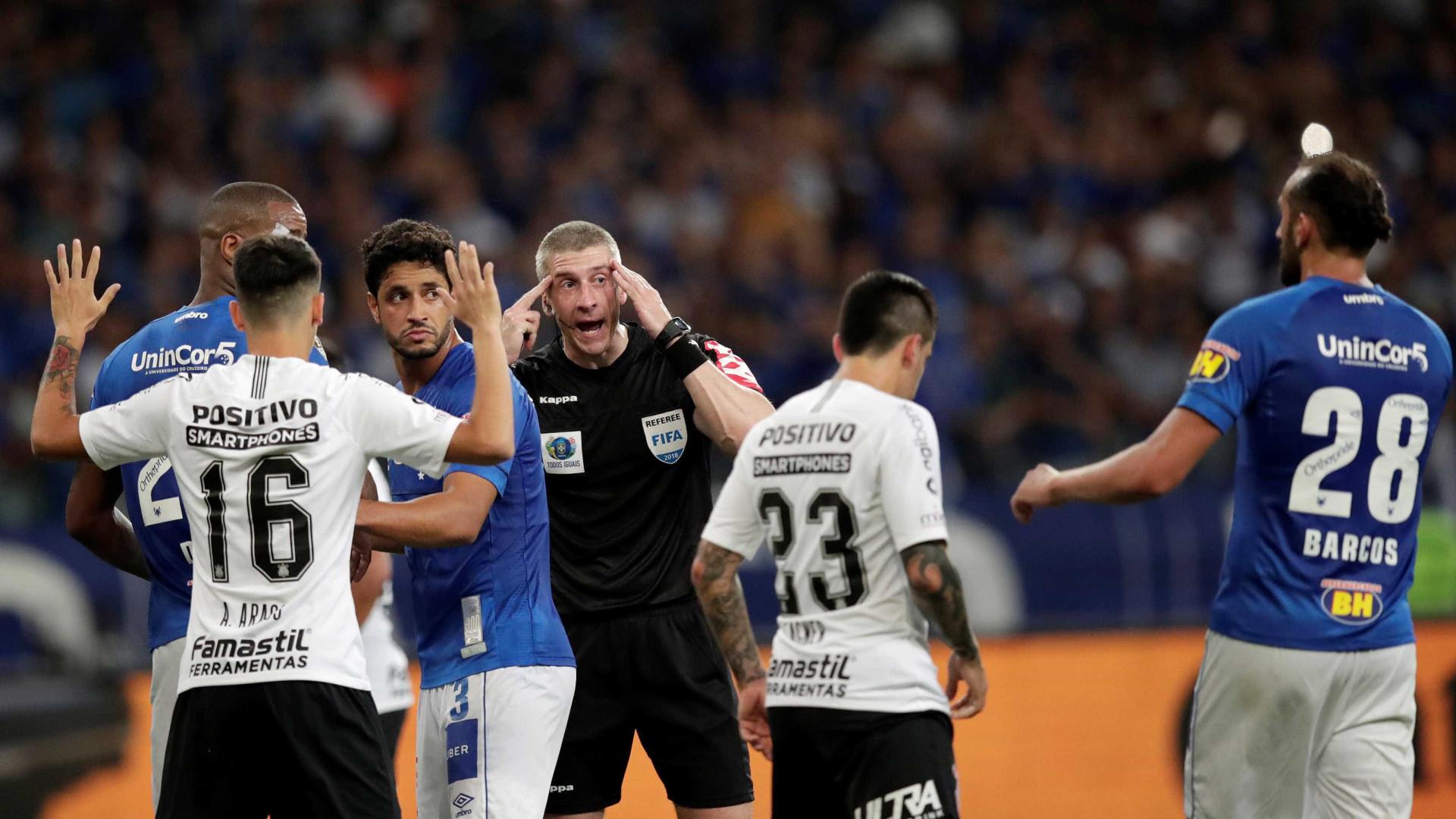 Corinthians aposta em descanso e apoio da torcida para virada