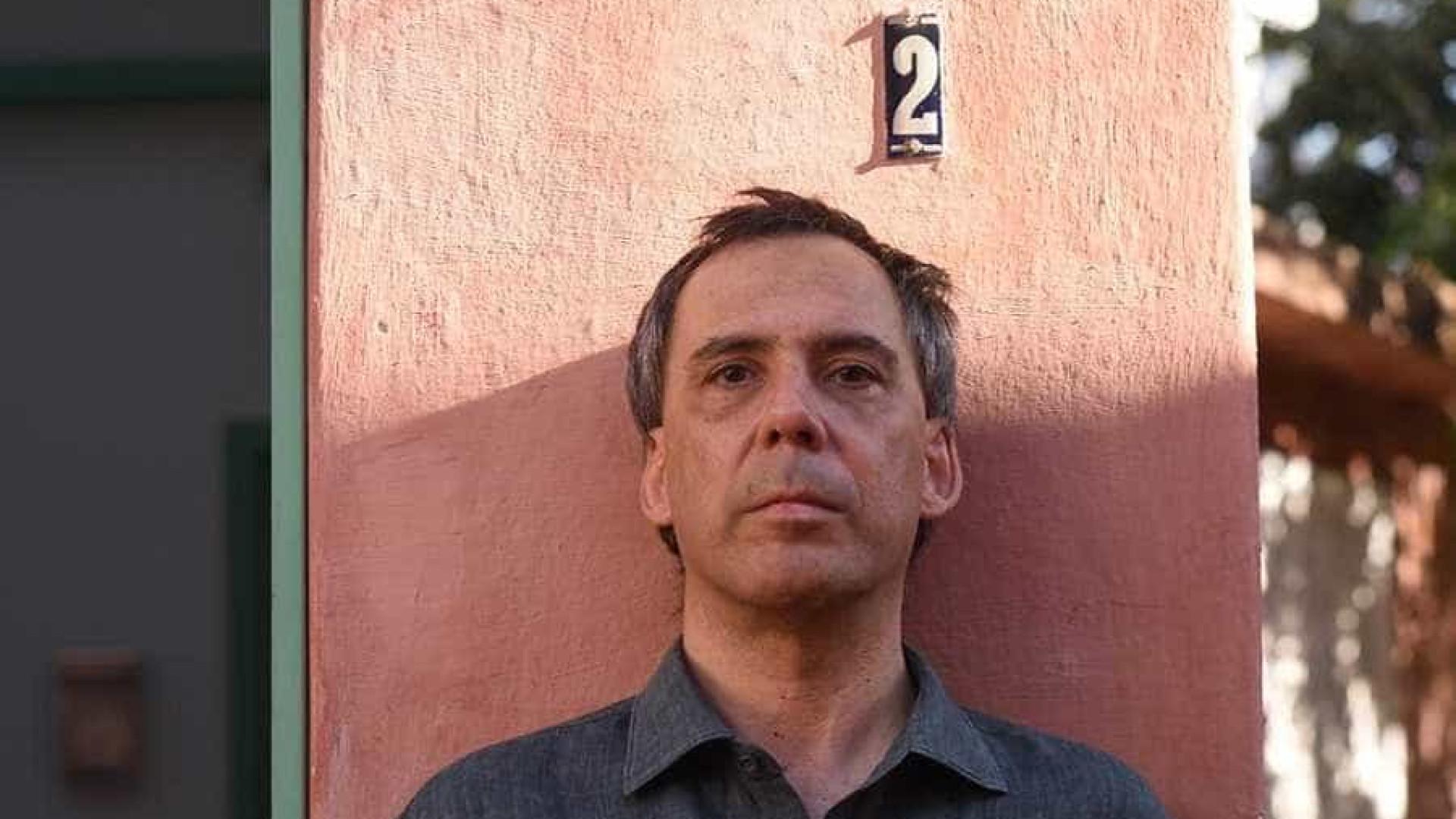 Arnaldo Antunes faz manifesto poético contra Bolsonaro; assista
