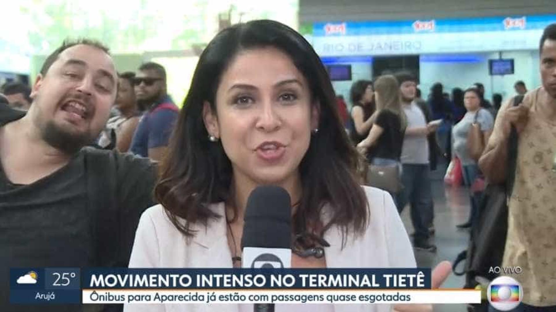 Homem 'invade' transmissão ao vivo da Globo e grita 'Ele não'