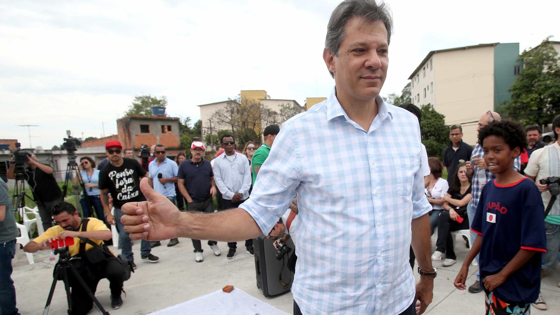 Haddad deixa de visitar Lula na PF em Curitiba