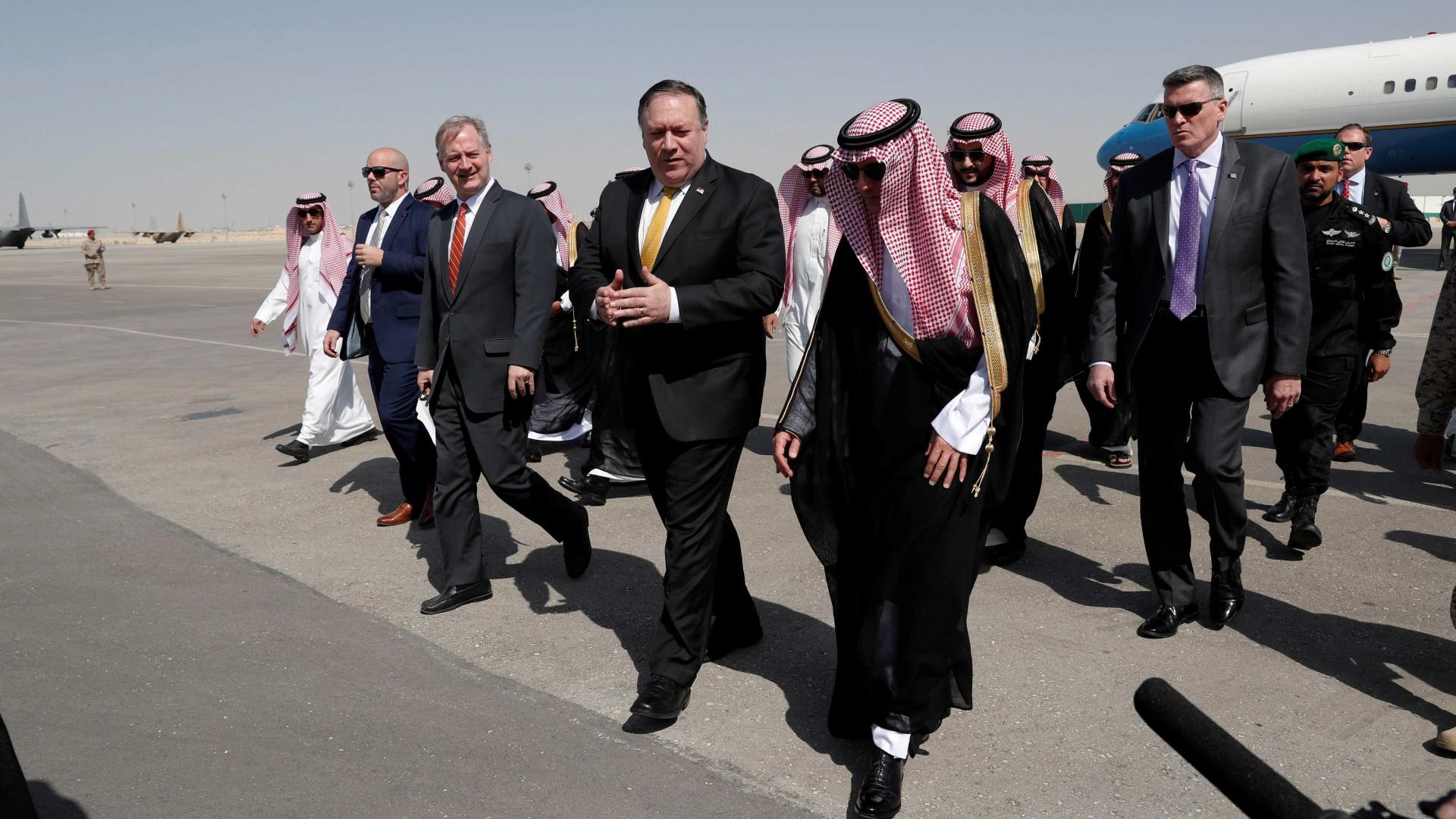 Secretário americano chega a Riad por causa de jornalista desaparecido
