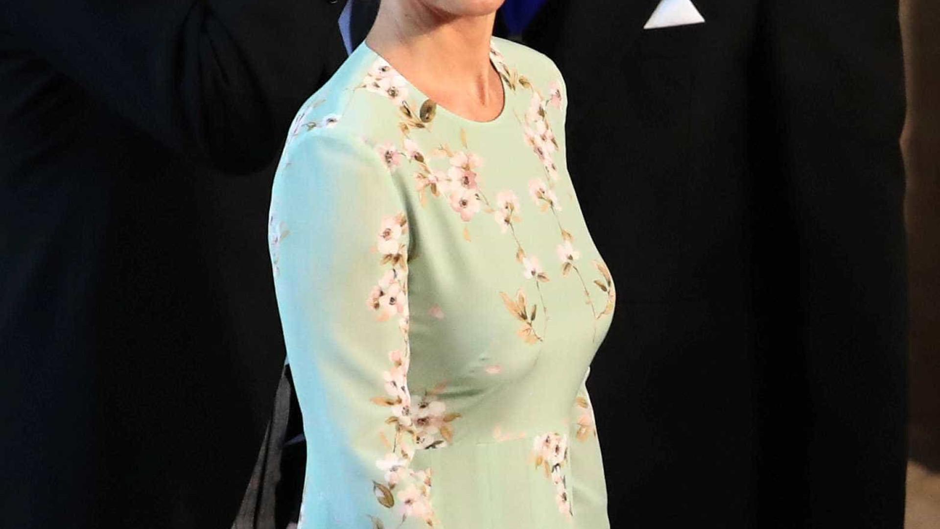 Pippa Middleton dá à luz no mesmo dia em que Meghan anuncia gravidez
