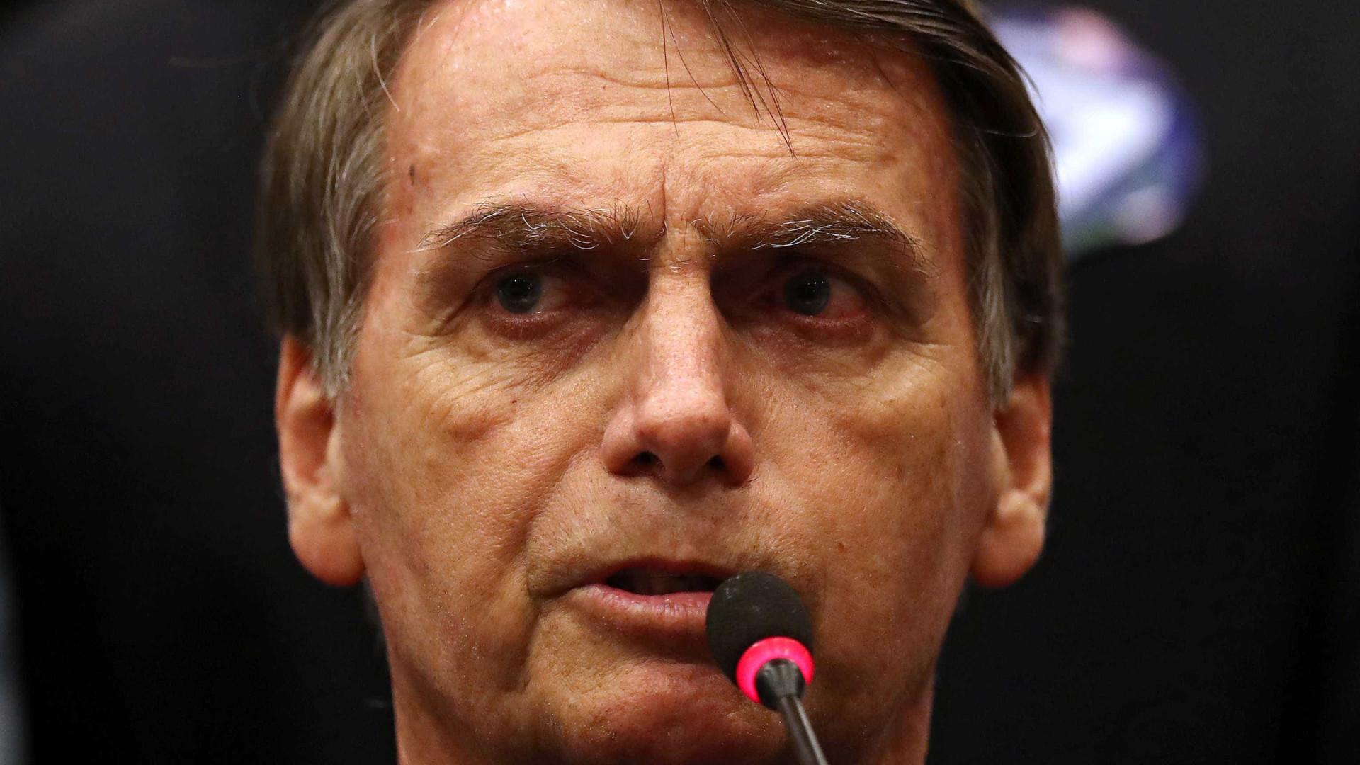 Se for eleito, Bolsonaro deve fazer pronunciamento de casa