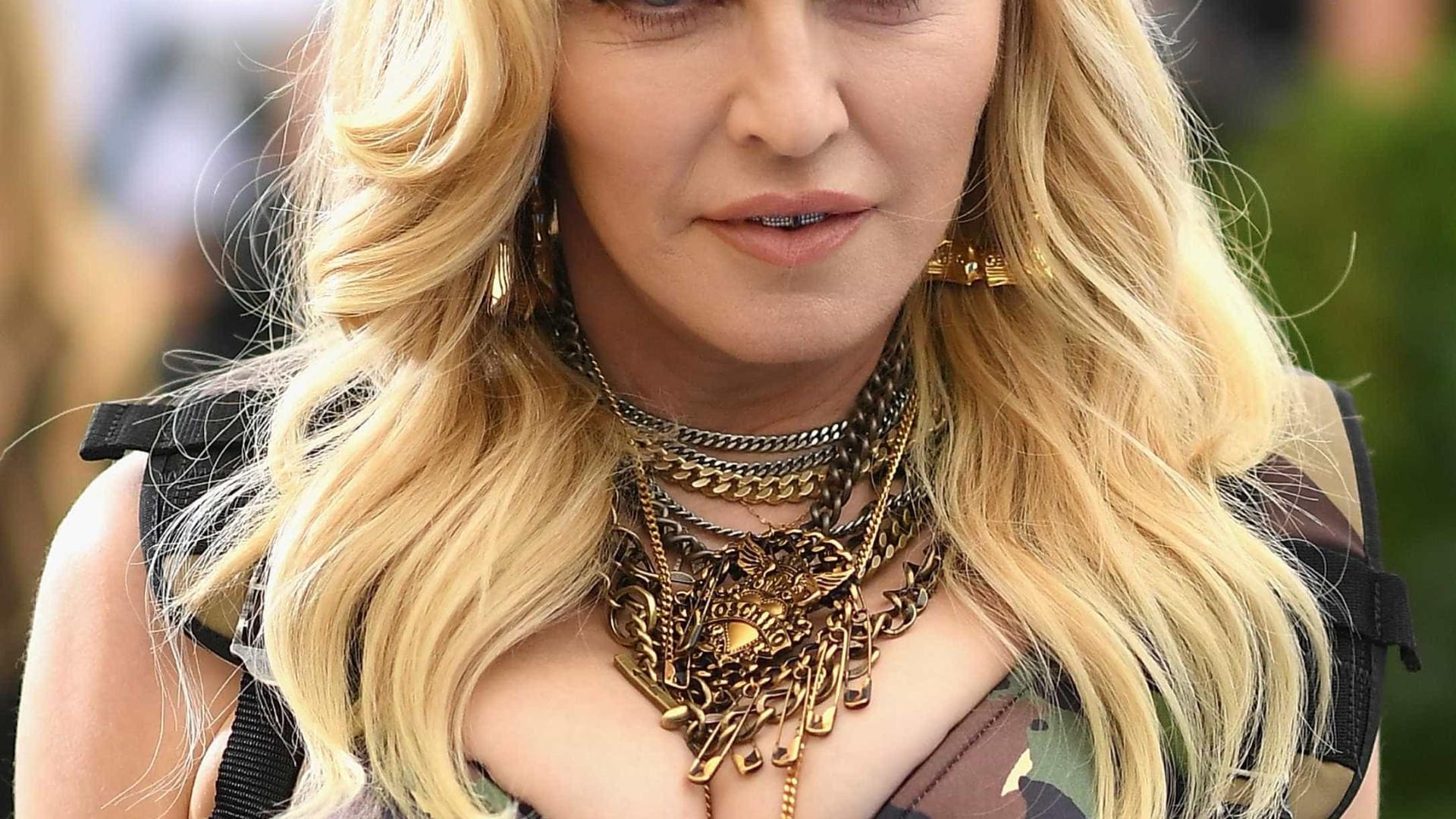 Fãs vão à loucura após Madonna curtir vídeo de Anitta no Instagram