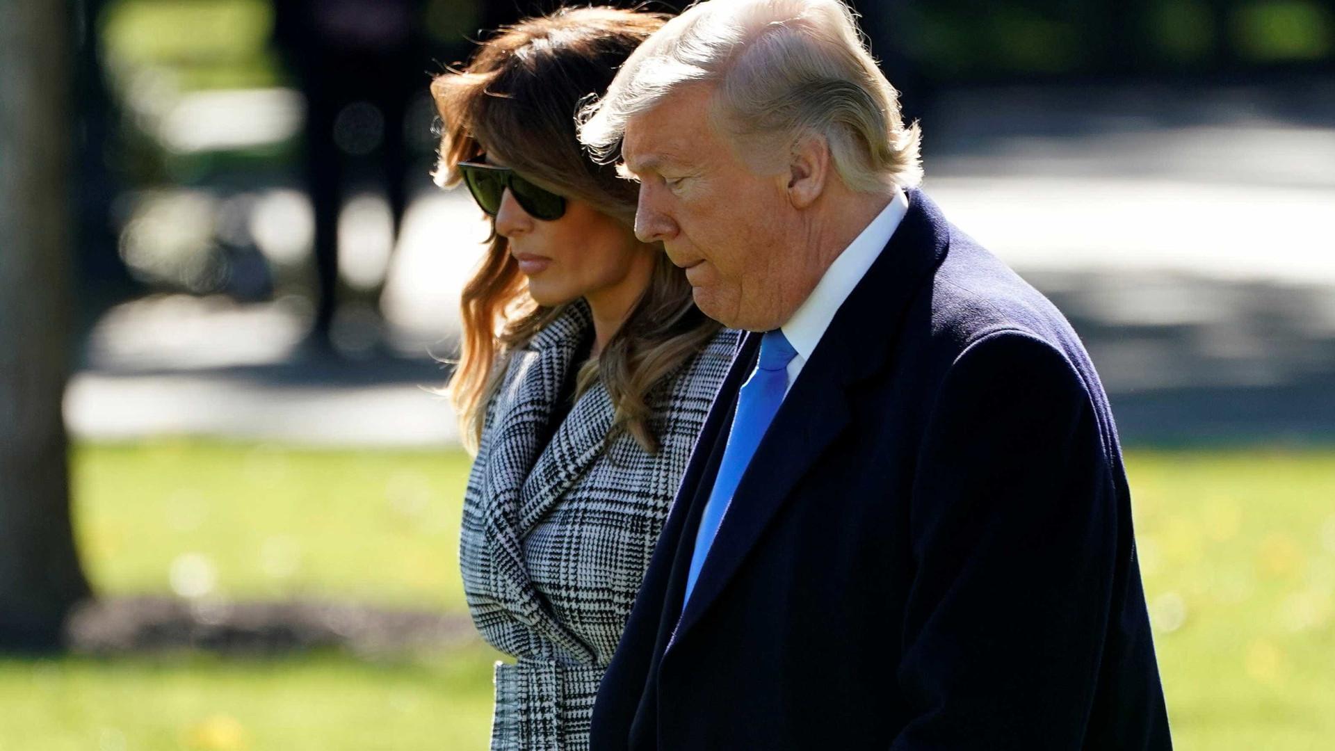 Trump se reúne com equipe e familiares para acompanhar eleições