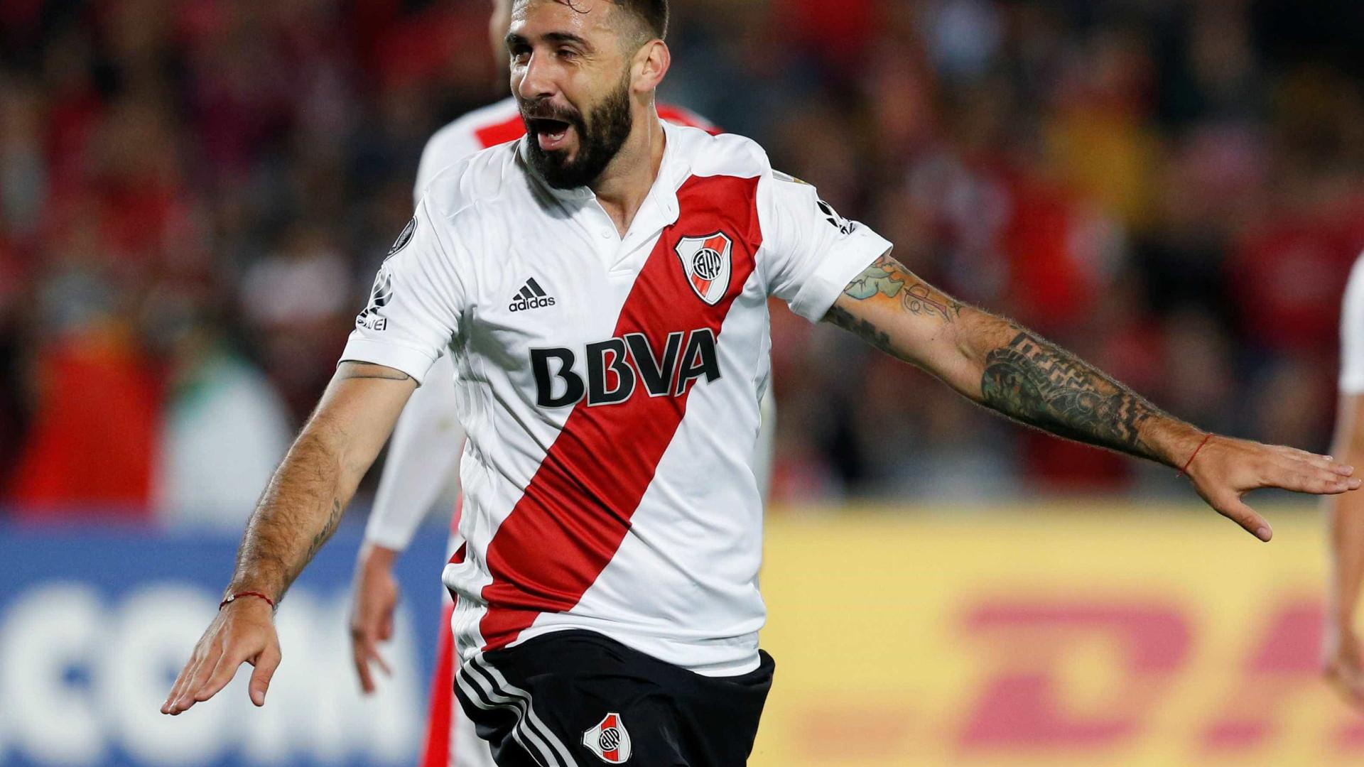 Torcedor do Boca, Pratto enfrenta seu time na final da Libertadores