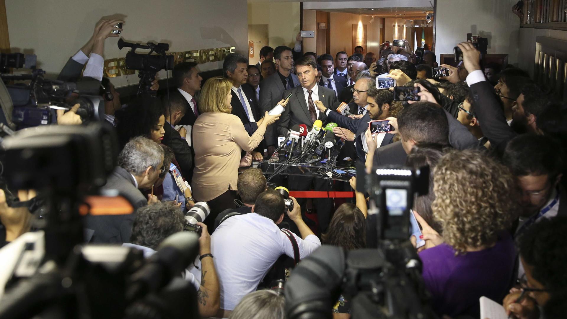 Bolsonaro receberá líderes do MDB, PRB, PR e PSDB para negociar apoio