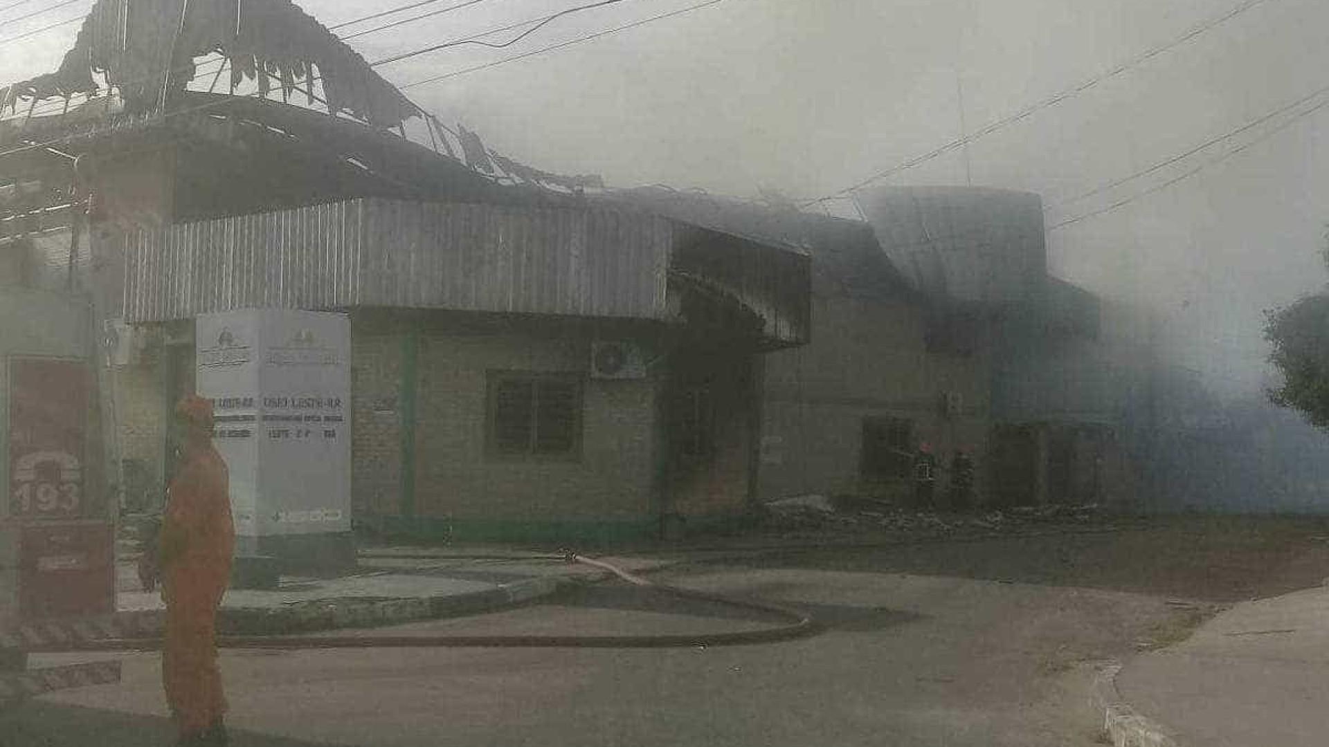 Incêndio destrói centro de saúde indígena em Roraima