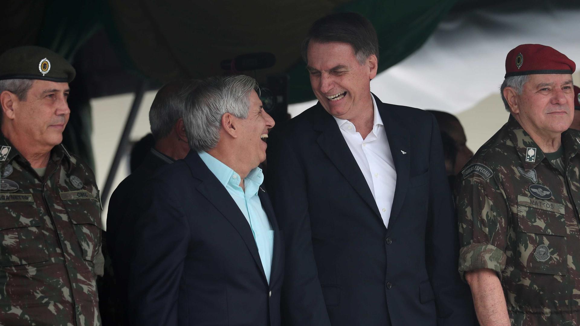 Assessor de Trump convida Bolsonaro para visitar os EUA