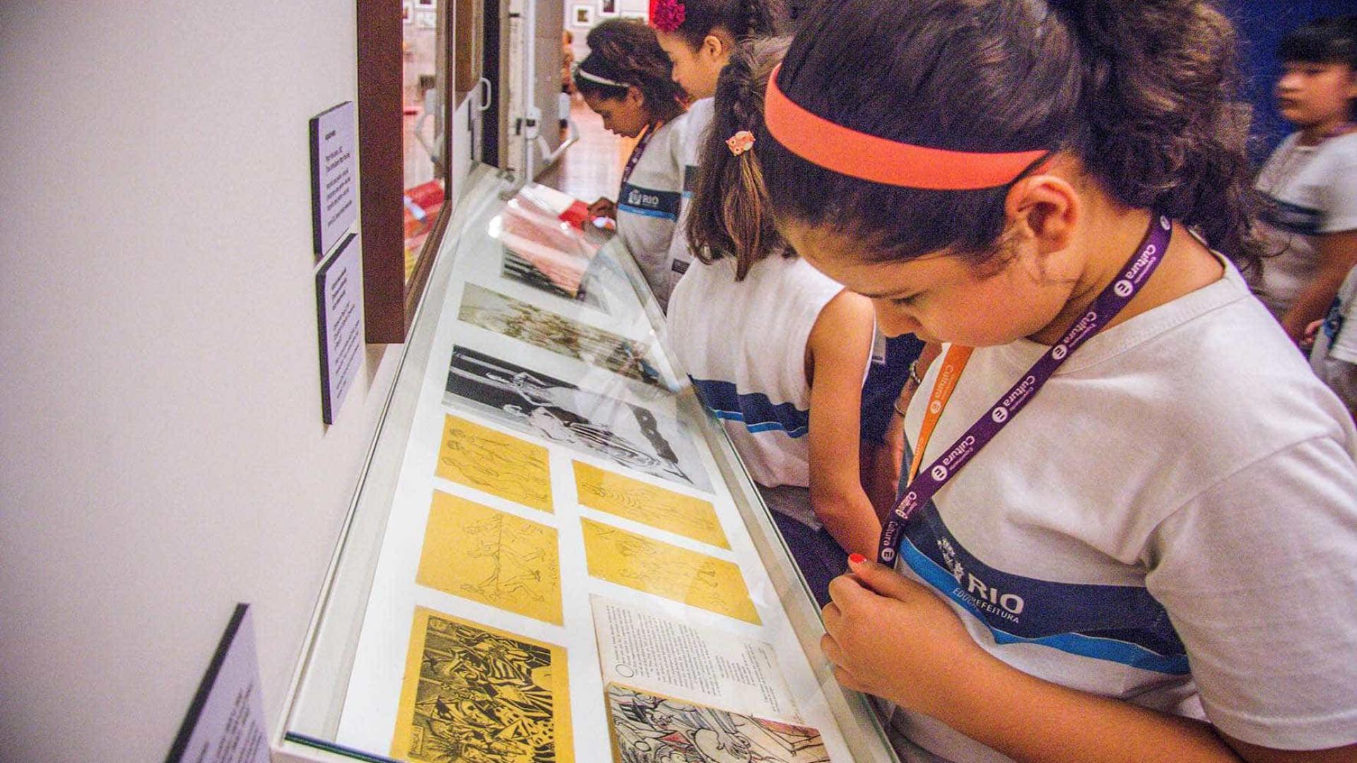 Projeto que leva alunos da rede pública a museus abre novas inscrições