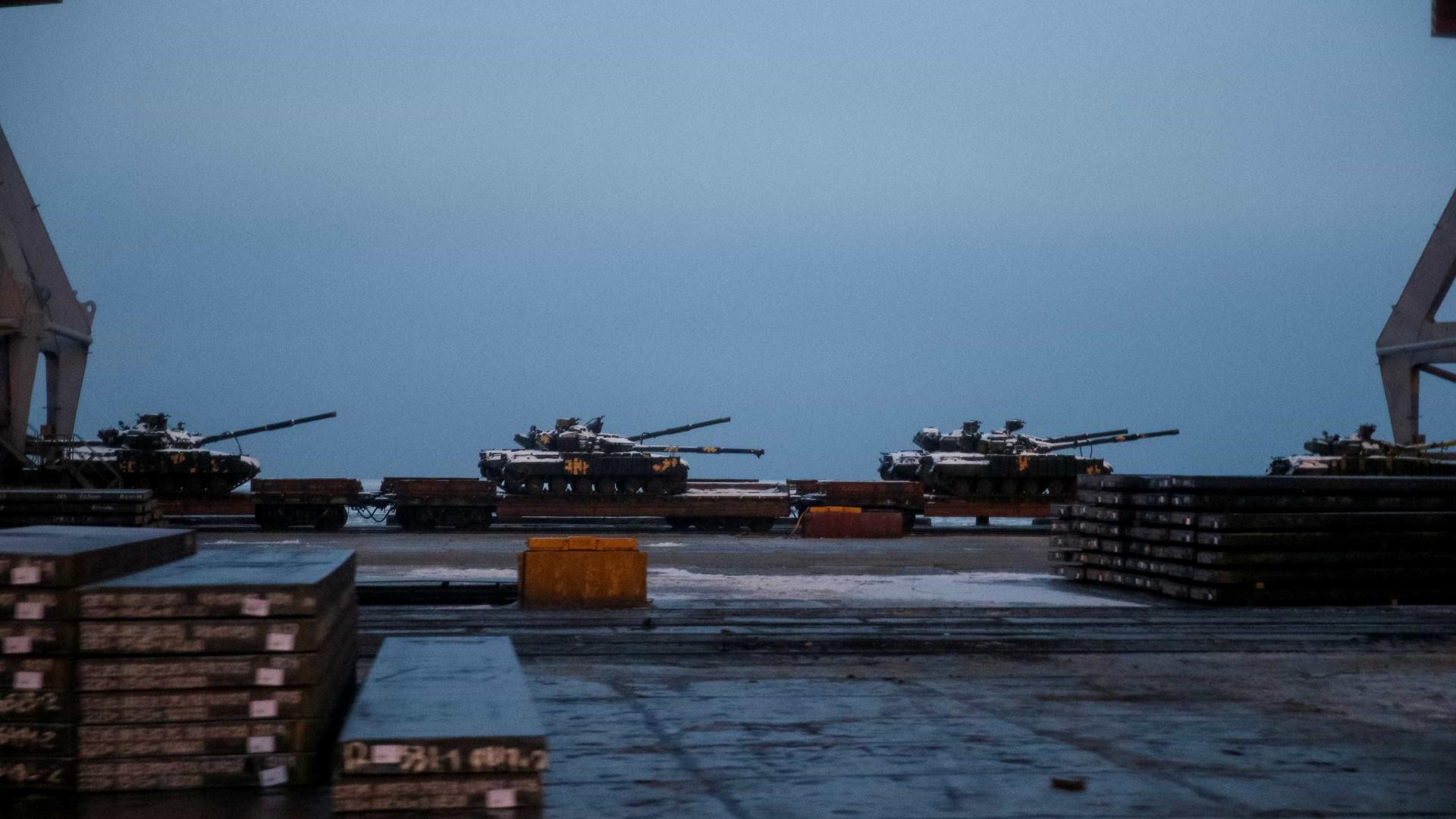Rússia desbloqueia parcialmente acesso a portos ucranianos