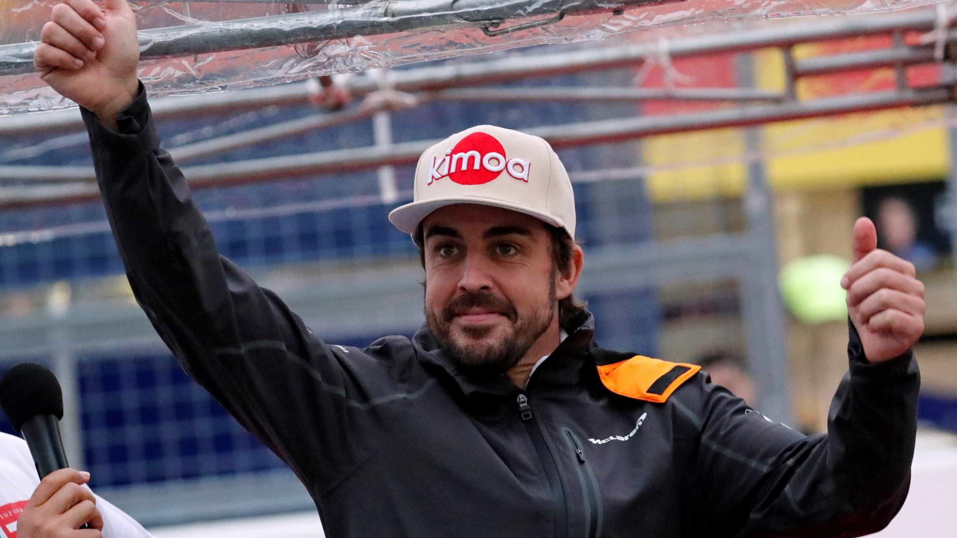 Alonso ainda avalia retorno à F-1 após despedida em Abu Dhabi