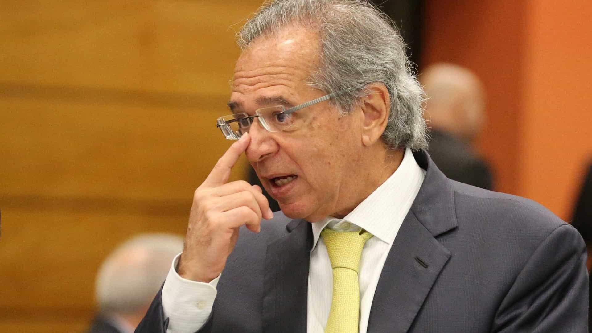 Guedes oficializa 3 secretários e Marcelo Guaranys como seu nº 2