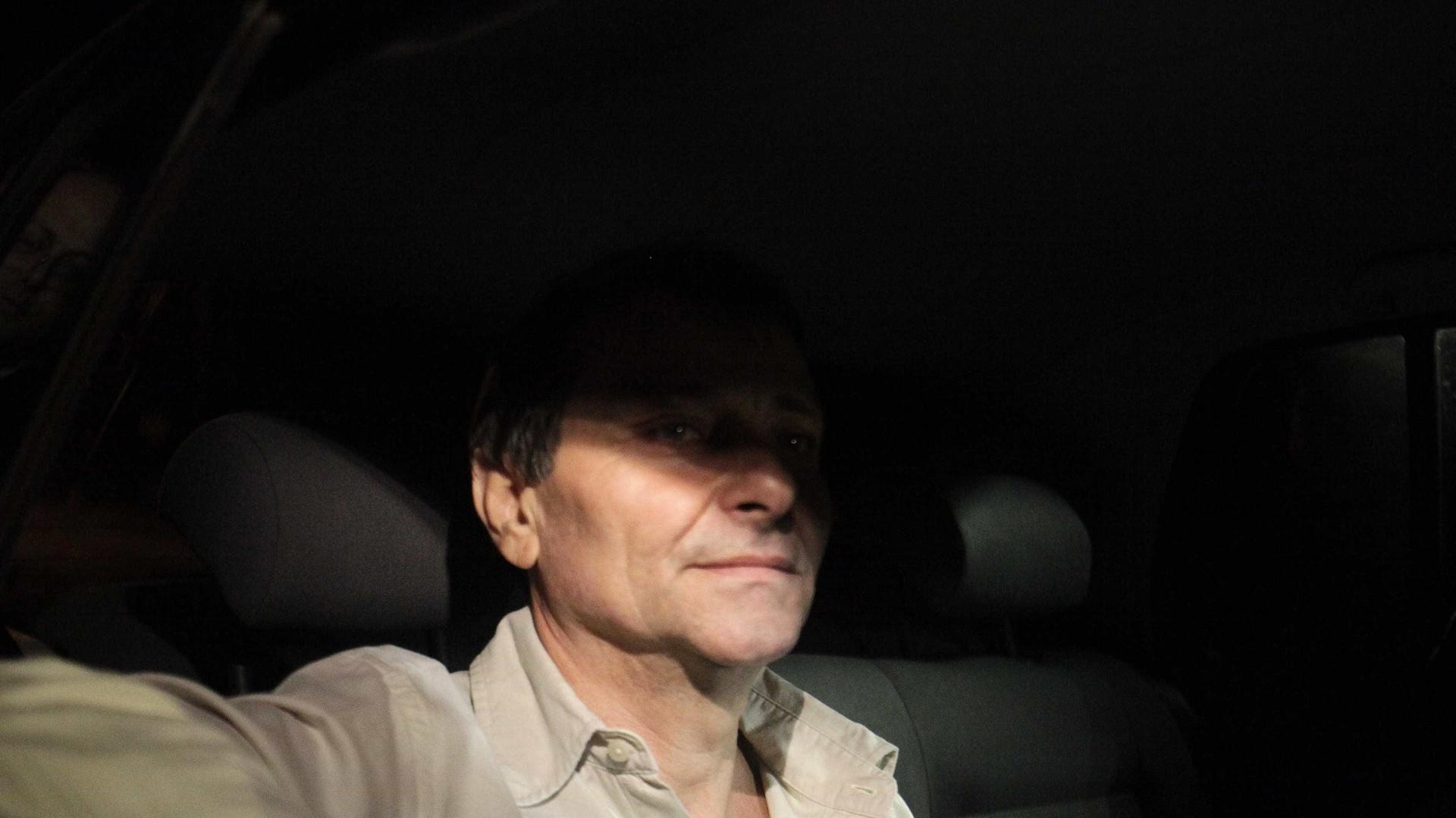 Polícia intensifica busca pelo italiano Cesare Battisti