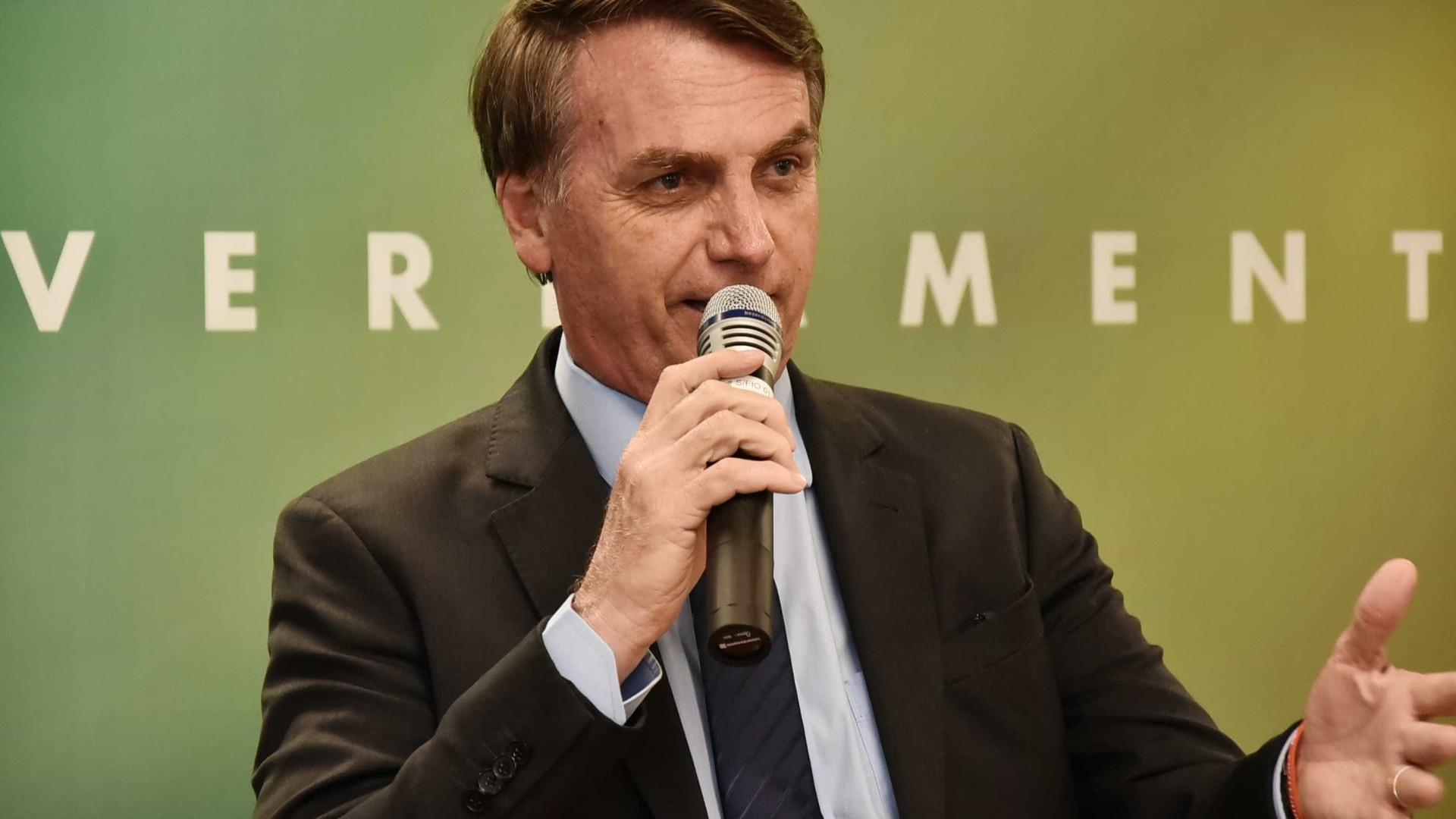 Em documento, Bolsonaro determina pente-fino na gestão Temer