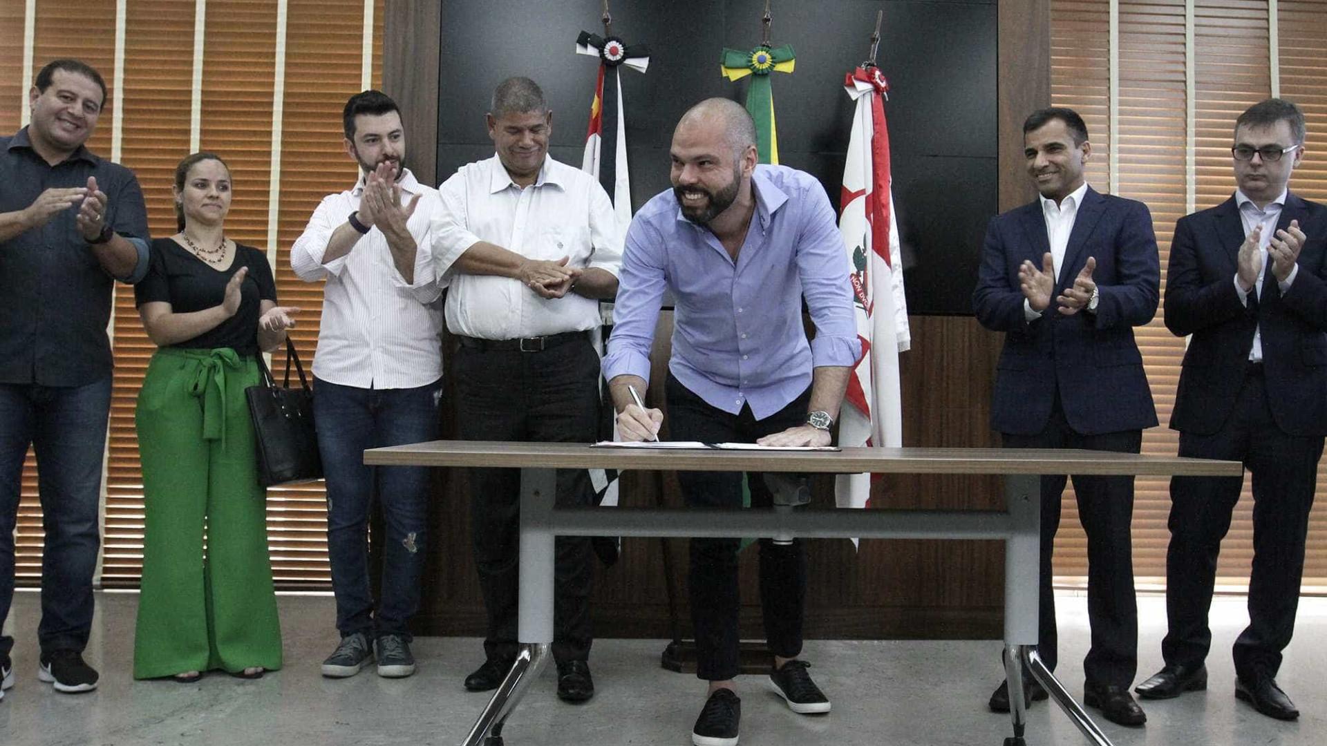 'Nem morto', teria dito Covas sobre revogar Previdência em SP