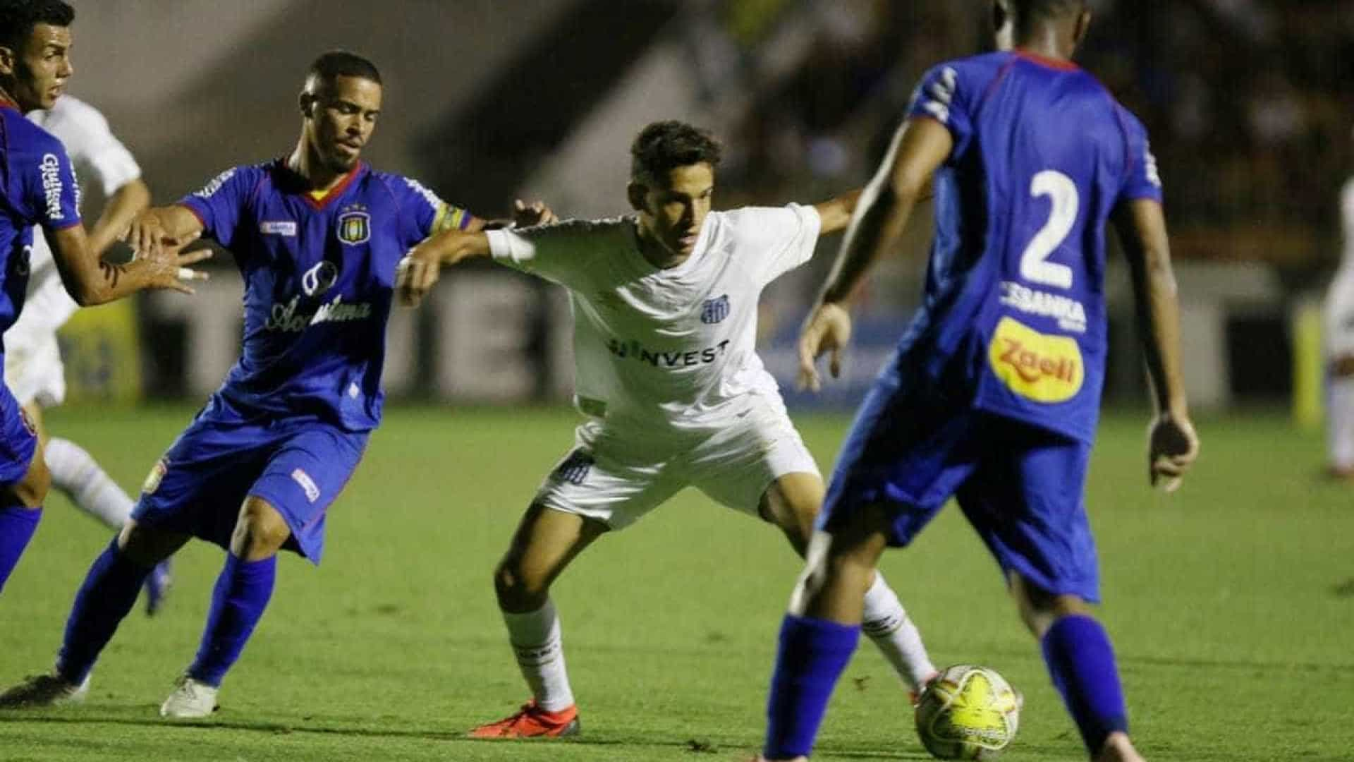 Santos perde para o São Caetano e se complica na Copinha