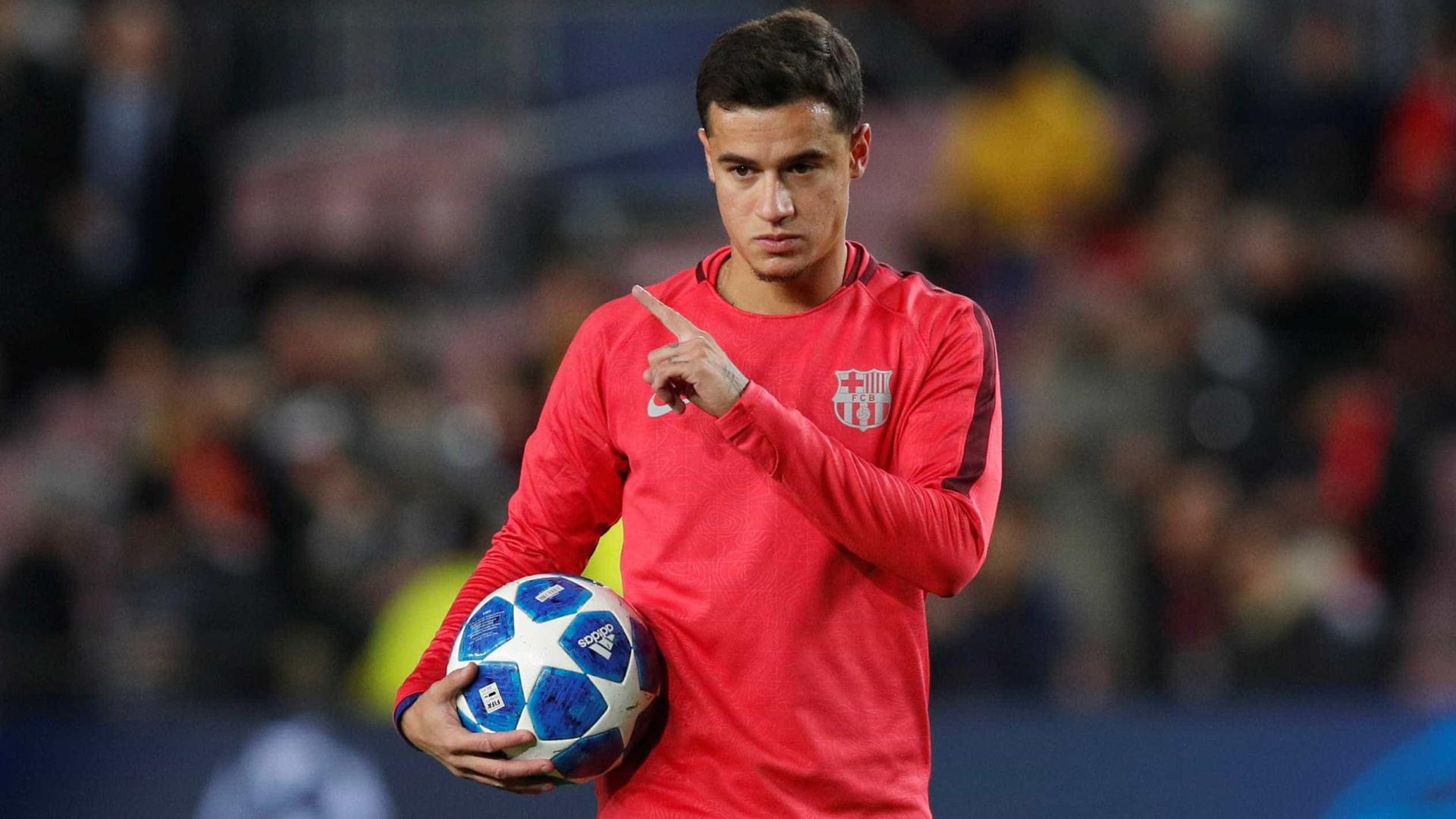 Aposta para substituir Neymar, Coutinho amarga a reserva no Barça