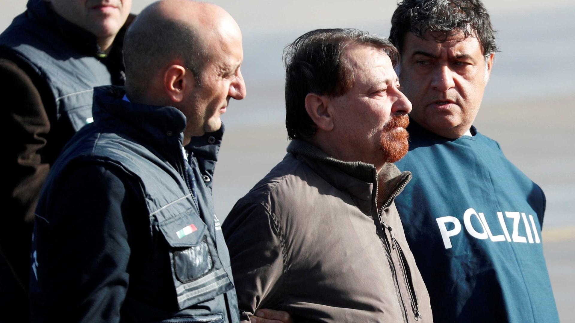 'Agora sei que vou para a prisão', diz Battisti na Itália