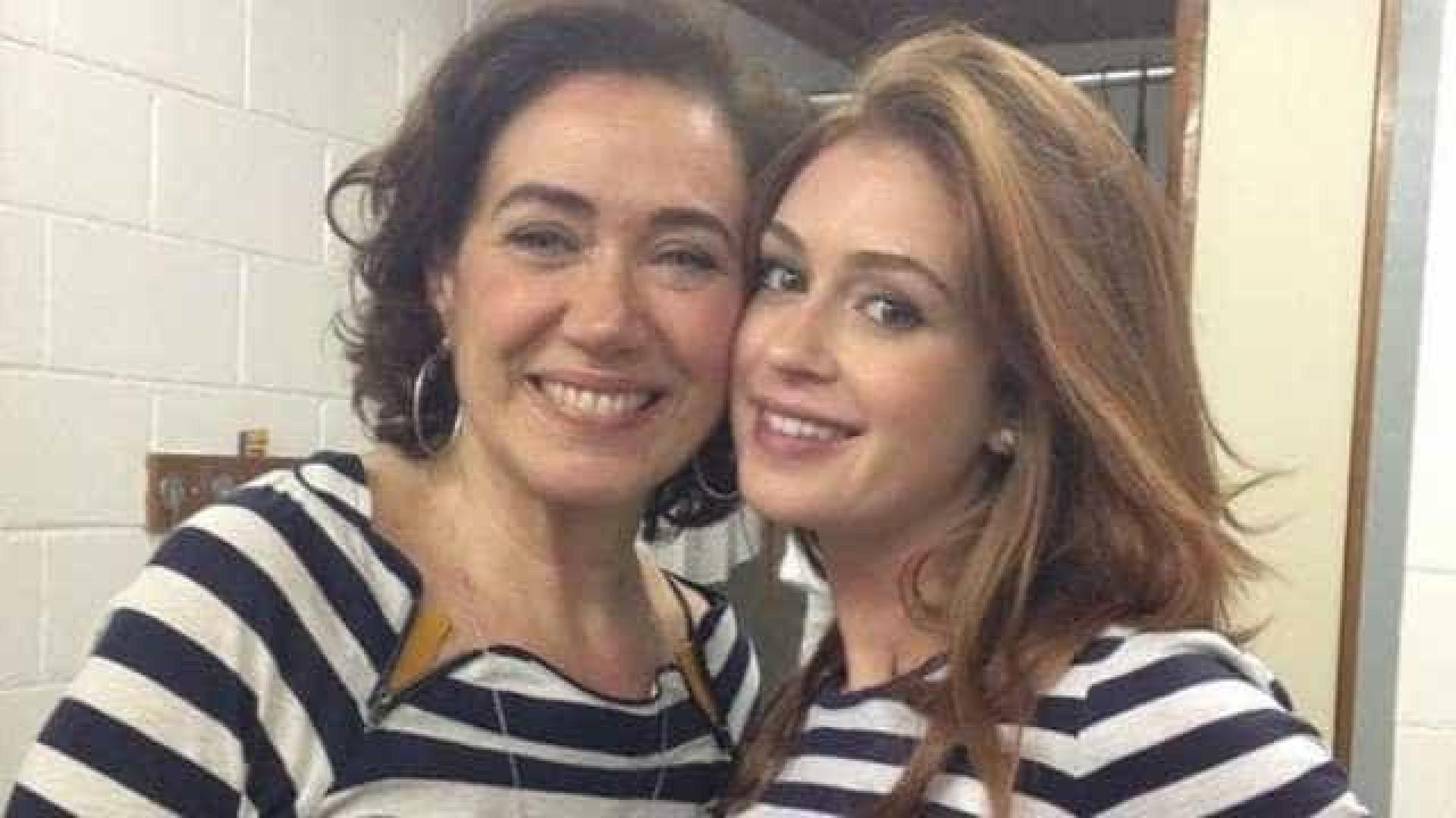 Lília Cabral se irrita com atraso de Marina Ruy Barbosa: 'Mimada'