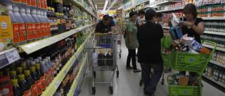 Índice de confiança do consumidor volta  a subir na comparação anual