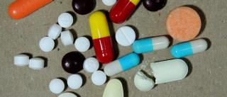 Anvisa deve ampliar número de  remédios isentos de prescrição