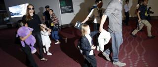 Pitt não vê os filhos desde que Angelina  pediu divórcio, diz site