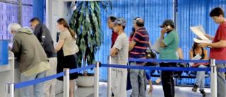 Governo cancela 180 mil auxílios-doença