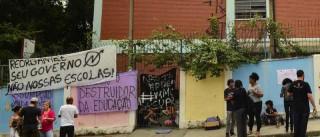 Justiça determina desocupação  de 25 escolas no Paraná