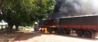 Mulher ateia fogo em caminhão do marido após suposta traição