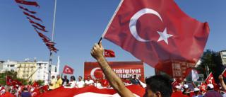 Governo turco demite 87 agentes dos serviços secretos do país