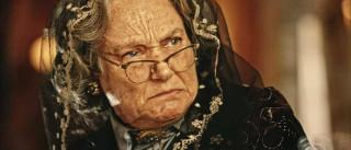 """""""Dói muito"""", diz Selma Egrei sobre cenas  de Santo em 'Velho Chico'"""