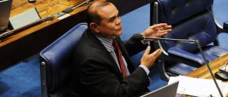 Deputado que não foi à Câmara neste  ano recebe R$ 200 mil