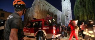 Sobe para 124 número de mortos  após terremoto na Itália