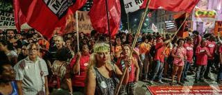 Ao menos 27 cidades têm protestos contra a PEC 241