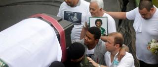 Velório de vítimas da Chape é marcado por emoção na Arena Condá