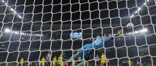 Juventus mantém invencibilidade  e derrota Dínamo por 2 a 0