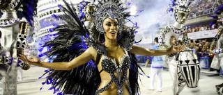 Vila Isabel conquista público da Sapucaí com ritmos de influência negra