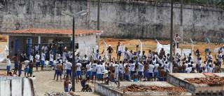 RJ: Justiça tem 34 mil foragidos, mas  cadeias comportam apenas 28 mil