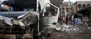 Homem-bomba explode caminhão  e mata ao menos 13 em Bagdá