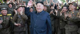 Líder norte-coreano aprova fabricação  em massa de míssil
