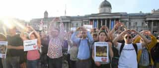 Manchester faz vigília por vítimas de atentado