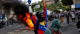 Mais de 30 pessoas ficam feridas  em manifestação em Caracas