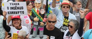 Multidão protesta contra  Temer e pede eleições diretas