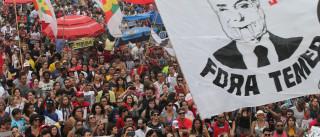 Ato 'Fora Temer' reúne 100 mil em Copacabana